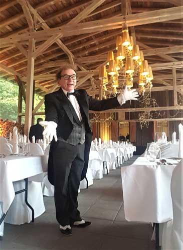 Gäste unterhalten Hochzeit